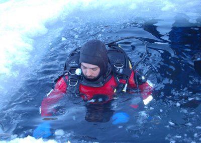 Aquaventure - Ecole de plongée-sous-glace, Montriond