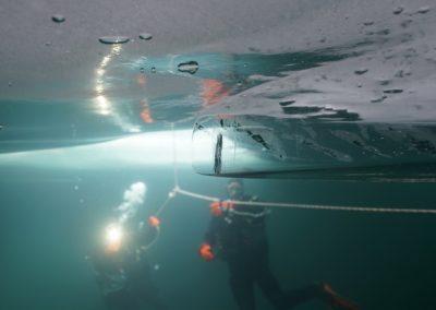 ice diving haute savoie