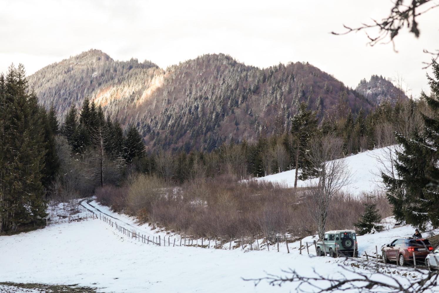 Range Rover montriond plongée sous glace
