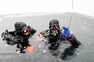 plongée sous glace Montriond Avoriaz